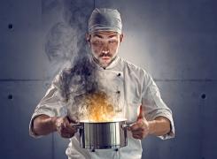 Wie entferne ich angebrannte Speisereste im Topf?